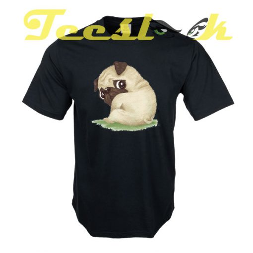 Pug sitting tees shirt